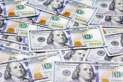 Куча 100 банкнот доллара Стоковые Фото