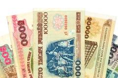 Куча белорусских бумажных денег рубля