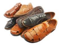 Куча ботинок различных людей кожаных Стоковые Фотографии RF