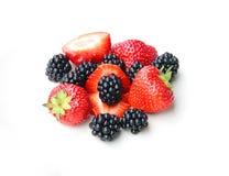 Куча ежевик и strawbeeries Стоковая Фотография