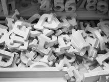 Куча деревянных алфавитов и номеров, Стоковое Изображение RF