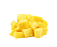 Куча изолированных кубов плодоовощ манго Стоковые Изображения RF