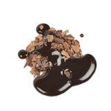 Куча изолированных хлопьев шоколада Стоковая Фотография RF