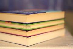 куча книг стоковое изображение