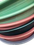 Куча красочной предпосылки блюд Стоковое Изображение RF