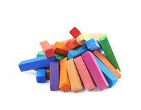 Куча красочных пастельных изолированных мел crayon Стоковое Фото