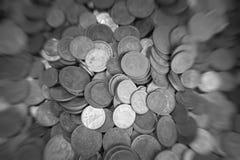 Куча кучи монеток монетки золота coinssilver медной Стоковые Изображения RF