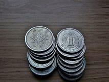Куча монеток 1 иены Стоковое фото RF