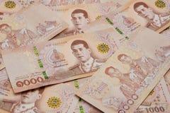 Куча новых 1000 банкнот тайского бата стоковое фото