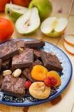 Куча очень вкусных пирожных шоколада горизонтальный, деревенский стиль Деревянная предпосылка Конец-вверх Взгляд сверху Стоковые Фото