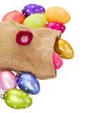 Куча пасхальных яя в мешке Стоковая Фотография