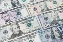 Куча различных долларовых банкнот США американских распространенных как картина ба Стоковое Изображение