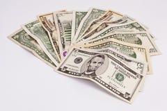 Куча различных счетов денег доллара США американских распространила на белом b Стоковое фото RF