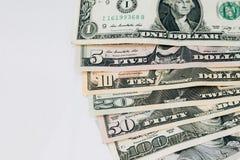 Куча различных счетов денег доллара США американских распространенных как sor вентилятора Стоковое Изображение