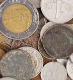 Куча различных монеток и золота. Стоковые Изображения RF