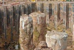 Куча скважины и выкопенная экскаватором куча Стоковое Изображение RF