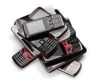 Куча старых smartphones изолированных на белизне Стоковое Изображение RF