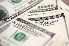 Куча 100 счетов доллара США Стоковые Фото