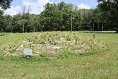 Кучи известняка формируя каменную насыпь на форте старом Стоковое фото RF
