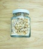 Кудрявые ячмени жемчуга в бутылке Стоковое Фото