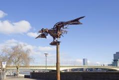 Кёльн, Германия, набережная абстрактный утюг иллюстрации птицы 3d Стоковое Фото