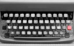 Клавиатура машинки в металле с красной кнопкой Стоковое Изображение