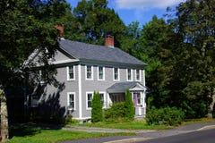Классицистический дом Новой Англии Стоковое фото RF