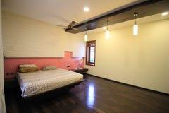 Классическая комната кровати Стоковые Фото