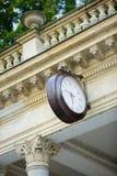 Классическая колоннада в Karlovy меняет Стоковые Фотографии RF