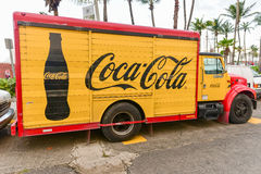 Классическая тележка поставки кока-колы Стоковое Изображение
