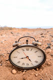 Классические сетноые-аналогов часы в песке Стоковая Фотография