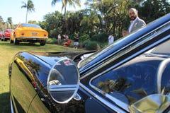 Классический взгляд бокового окна автомобиля спорт Стоковые Изображения