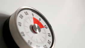Классический винтажный конец таймера комплекса предпусковых операций кухни вверх, оставаться 10 минут Стоковое Изображение RF