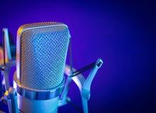 Классический микрофон студии звукозаписи Стоковая Фотография RF