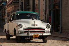 Классический старый американский автомобиль в Гаване Стоковое фото RF