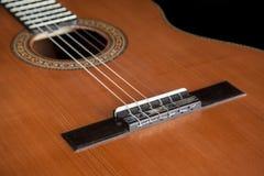 Классическое акустическое гитары сделанное более luthier Luciano Queiroz Стоковая Фотография
