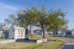 Классическое колониальное французское кладбище в Новом Орлеане, Луизиане Стоковое Фото