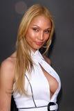 Клаудия Charriez на «Tan для причины» помогая поглаженному рукой менторству. Sunstyle загорая, западный Голливуд, CA. 03-30-08 Стоковые Изображения