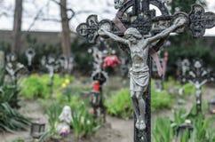 Кладбище и много крестов Стоковое фото RF