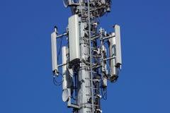 Клетки башенной антенны радиосвязей для мобильных телефонных связей Стоковые Фотографии RF