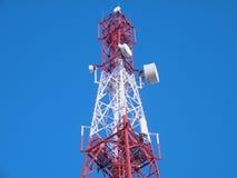Клетчатая башня передатчика стоковые изображения