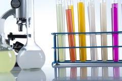 Клинические испытания в лаборатории Стоковое фото RF