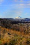 Клобук Mt на горизонте Стоковая Фотография RF