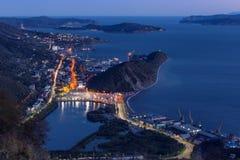 К светам города ночи ветер стоковое изображение