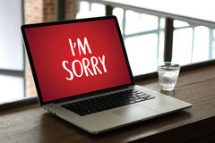 К СОЖАЛЕНИЮ простите терпеть неудачу сожаления Oops ложному сожалению Apolo ошибки недостатка Стоковые Изображения