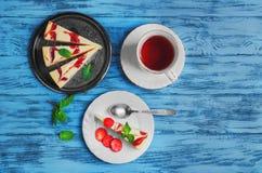 Клубника чизкейка торта Стоковые Изображения