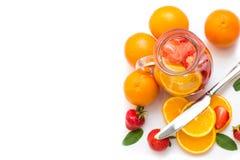 Клубники, апельсины и мята для питья Стоковые Фотографии RF