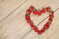 Клубники в форме сердца Стоковые Фотографии RF
