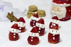 Клубники Санта Клауса десерта Стоковые Изображения
