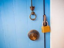 Ключевой замок на двери thd Стоковые Фото